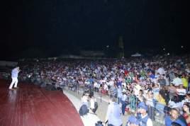 Gilberto Santa Rosa cautivó a las miles de personas que acudieron al Anfiteatro