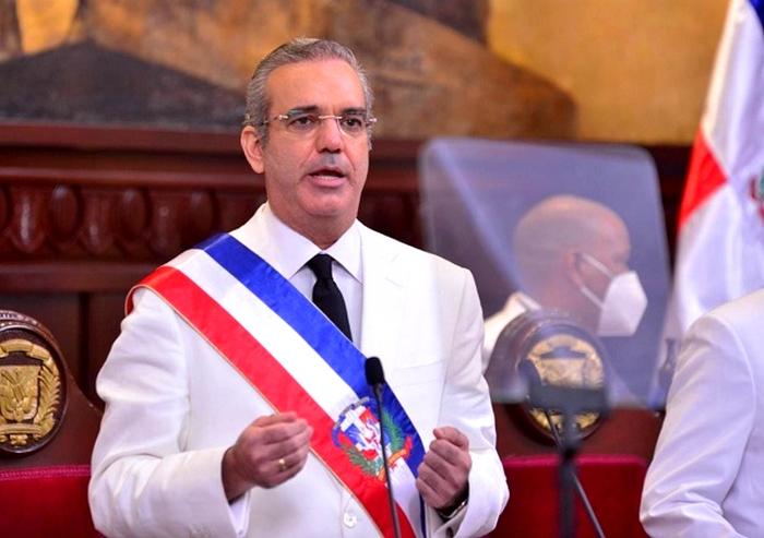 Luis Abinader y el turismo: Ayudas a empresas, nuevos proyectos en el sur y  el lanzamiento de un plan para atraer más turistas al país • Online Punta  Cana Bavaro