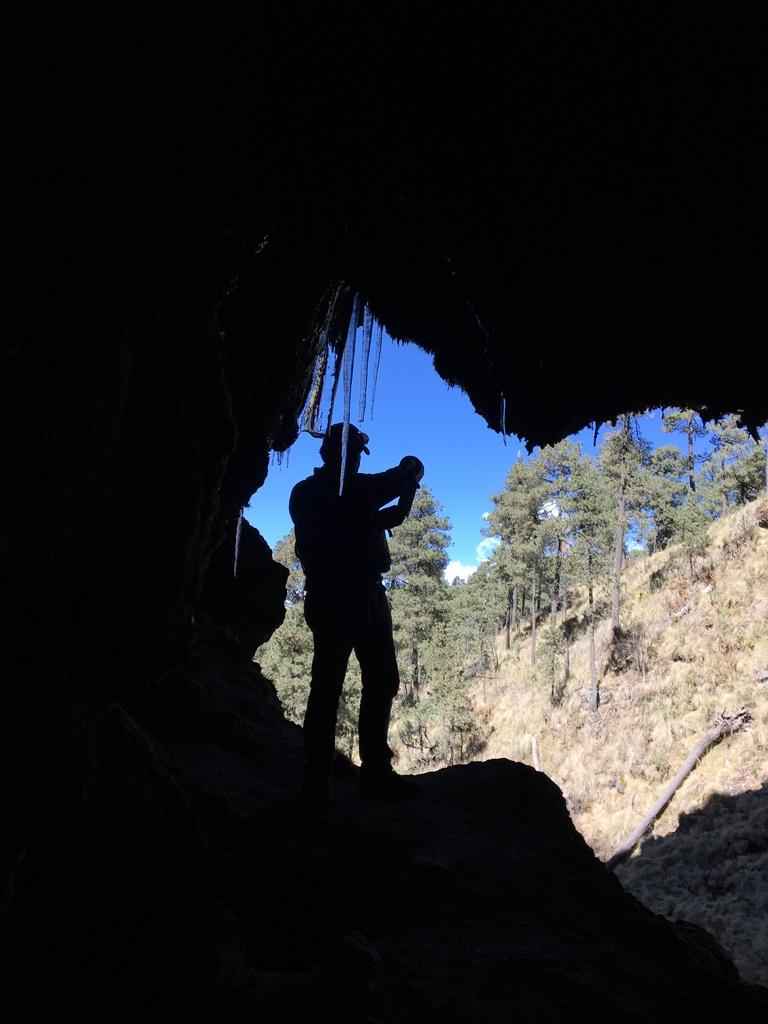 Cueva-congelada-w