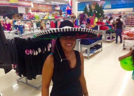 io con il sombrero nei miei sei mesi in centro america