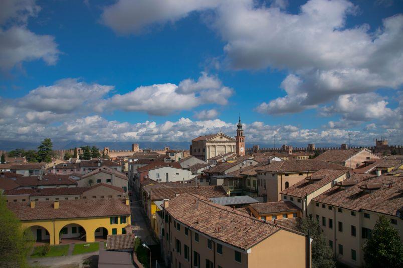 vista sul centro storico medievale di cittadella