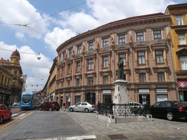 edificio nel centro storico