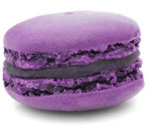 foto di un macaron viola