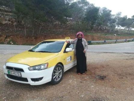 il tassista Ahmed da contattare per il tuo viaggio in Giordania in solitaria e fai da te