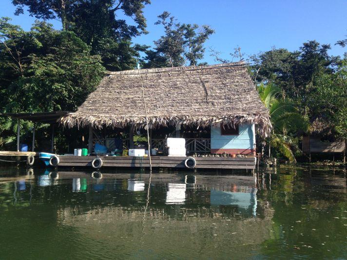Casa sul rio Dulce