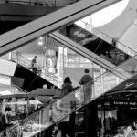 Grandi magazzini europei, interno di centro commerciale