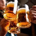 Estos son los beneficios de beber cerveza