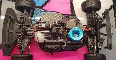 Sworkz S35-GT. El coche de Jorge Revert al desnudo! Under the Hood!