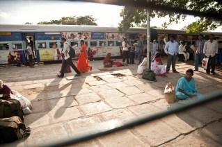 Una estación de tren, India