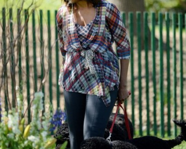Michelle Obama Takes Sunny and Bo for a Walk