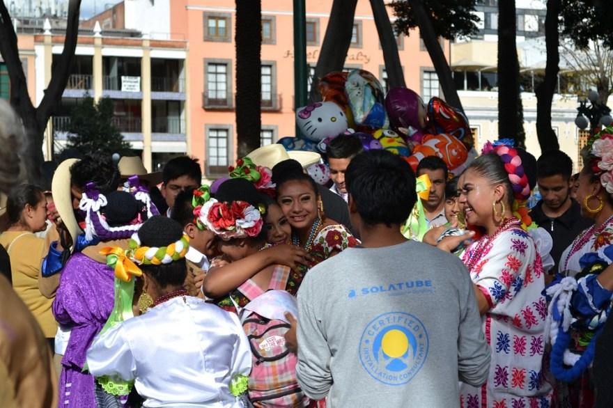 メキシコダンスコンテスト受賞者の写真