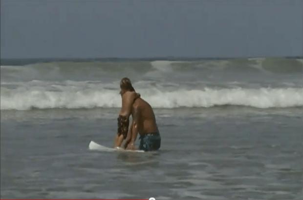 Eli surfing