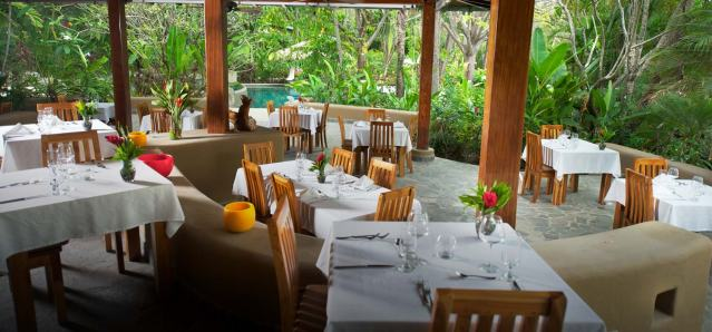 Places to Eat in Santa Teres