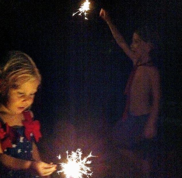 isa-eli-sparkles