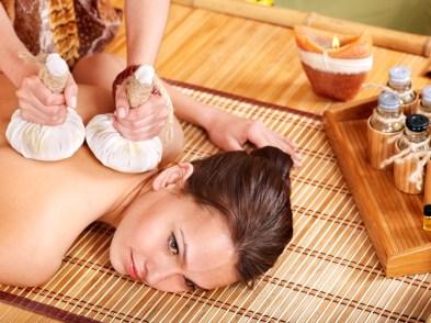 Thai Heat Herbal Massage