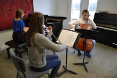 Special edition: Beethoven Piano Trio in C minor being rehearsed, Feb 2015 Photo © Chloe Hayes