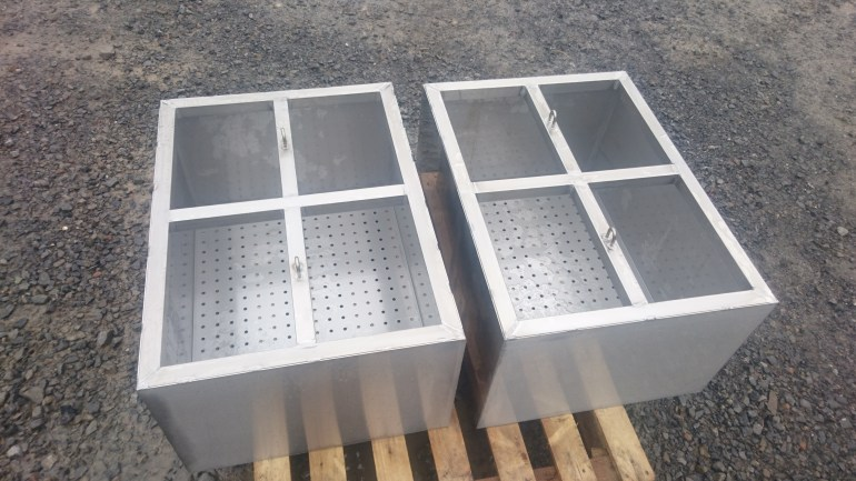 Stainless steel perforated draining tanks