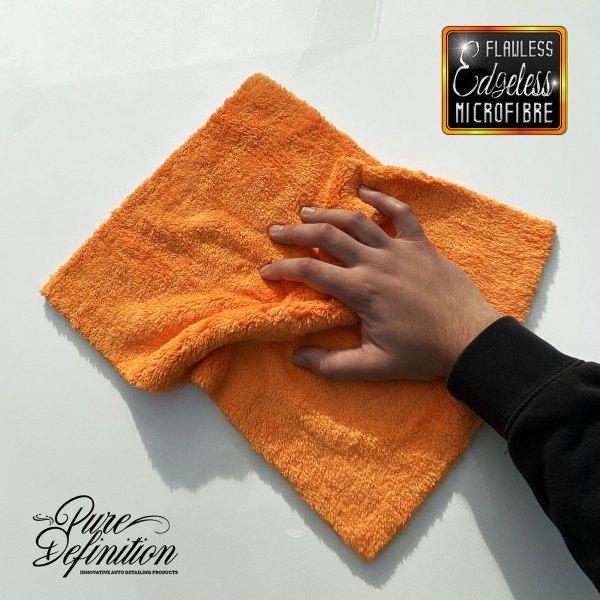 flawless edgeless orange cloth in use
