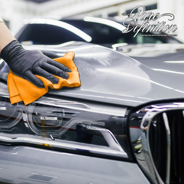 quick and slick gloss detailer in use