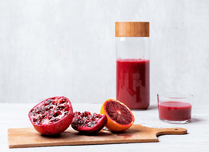 Bloedsinaasappel met granaatappel smoothie