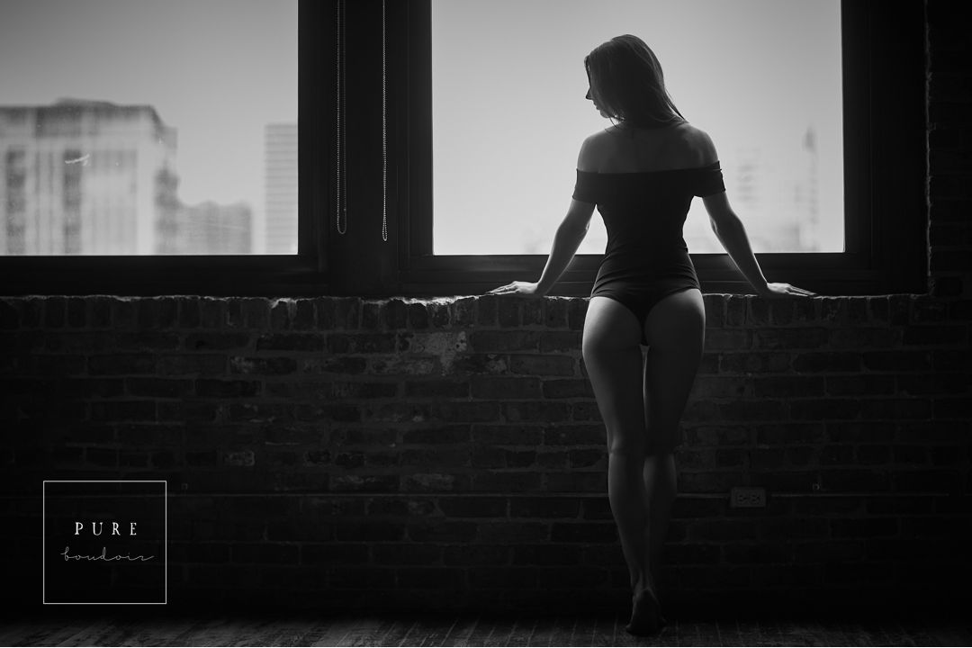 Chicago black and white boudoir photography