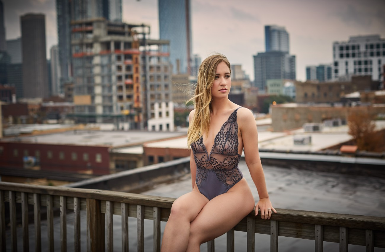 Chicago best boudoir photography - outdoor
