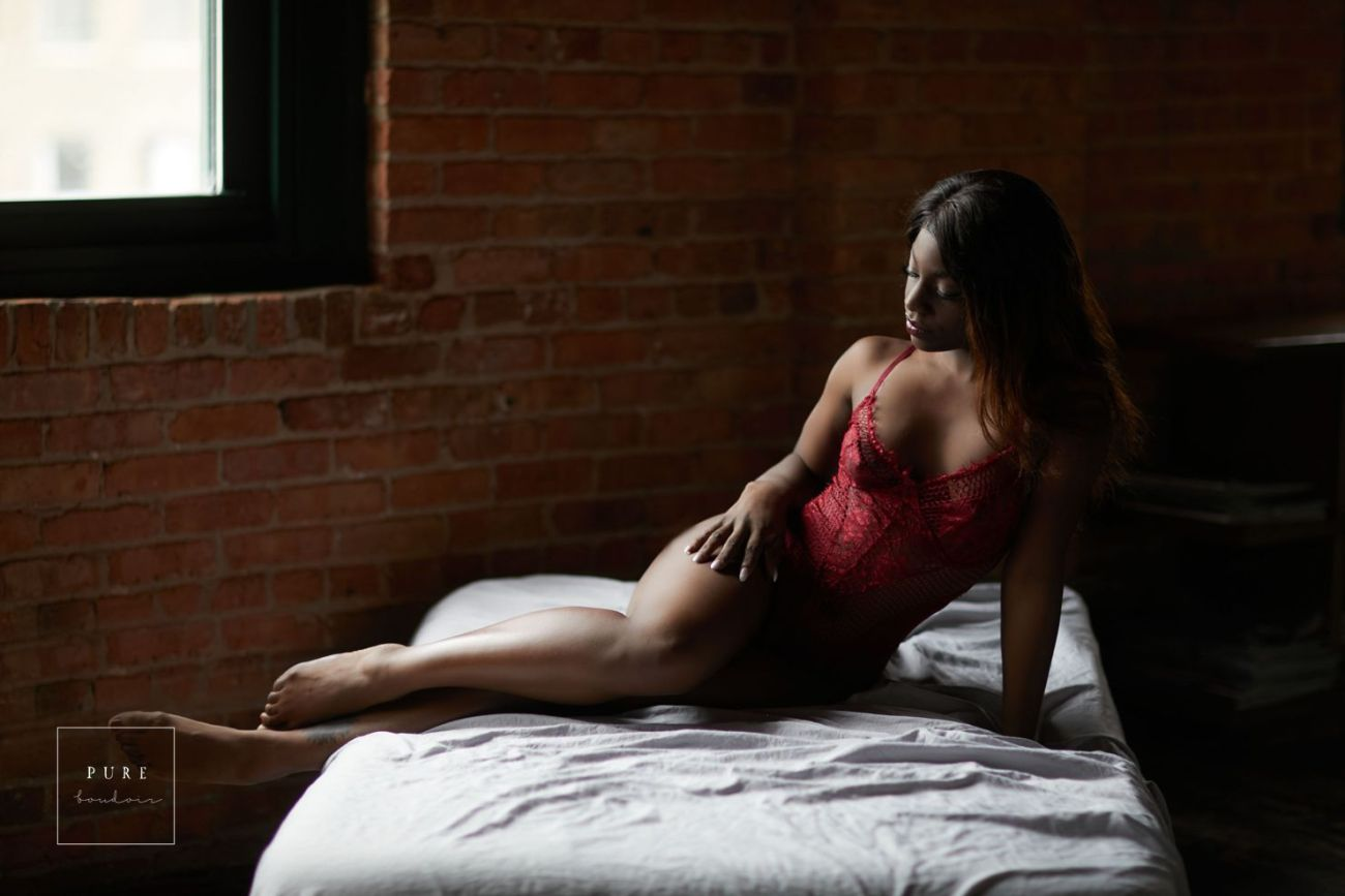 chicago boudoir - How to Find the Right Fit - Chicago Boudoir Photography