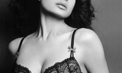 Ameesha Patel Hot Photo Collection