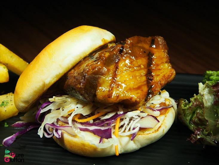 blk-pig-burger