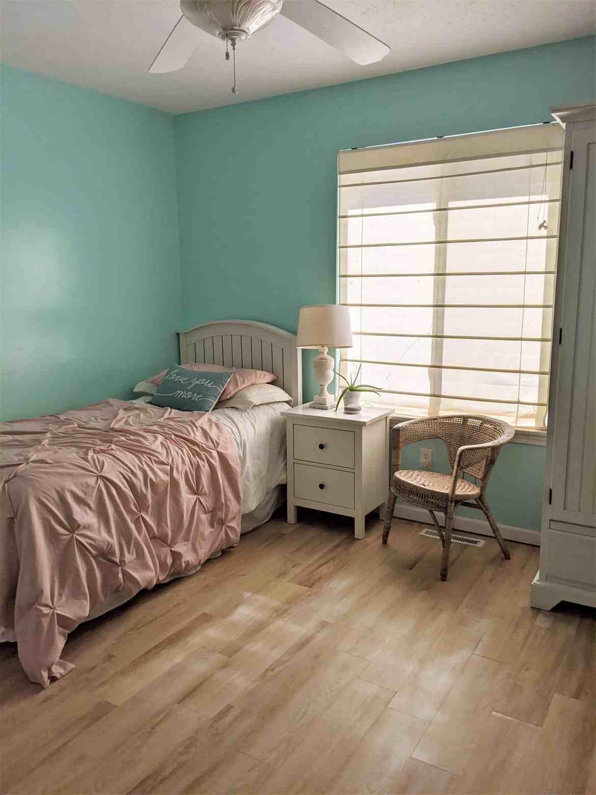 blue girls bedroom pink bedding