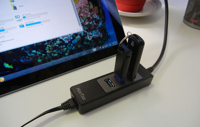 HooToo HT-UE01 adapter with connected accessories