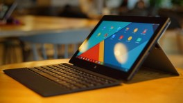 Remix ultra-tablet at CES 2015