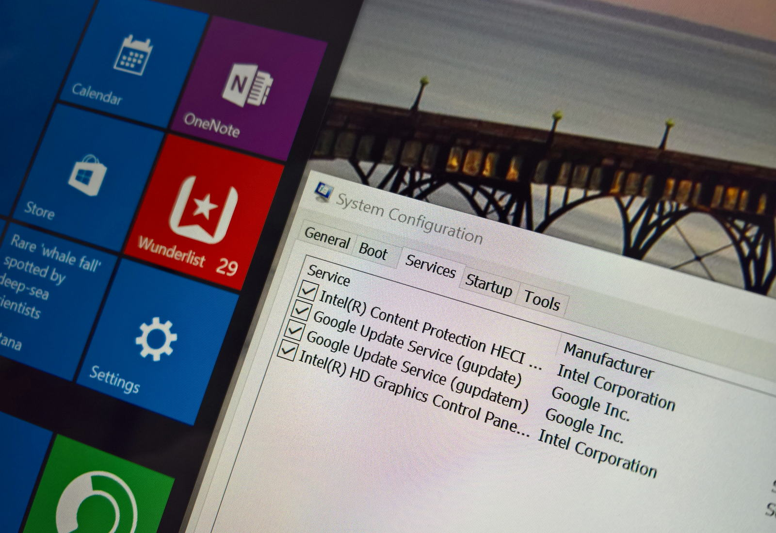 System Configuration (msconfig) configuring clean boot on Windows 10