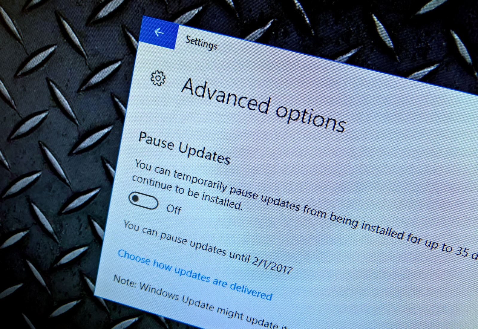 Pause Update settings on Windows 10