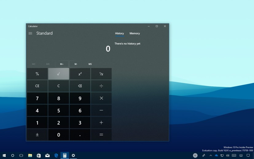 Calculator app with Fluent Design Acrylic and Light