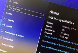 Windows 10 version 1803 About settings