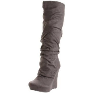 I love a gray slouchy boot!