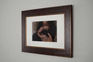 ottawa-newborn-photographer-print-product-brown-wood-rustic-modern-frame