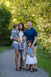 family-photos-barrhaven-photographer-grundy-candid-lifestyle-path - Pure Natural Newborn Photography)