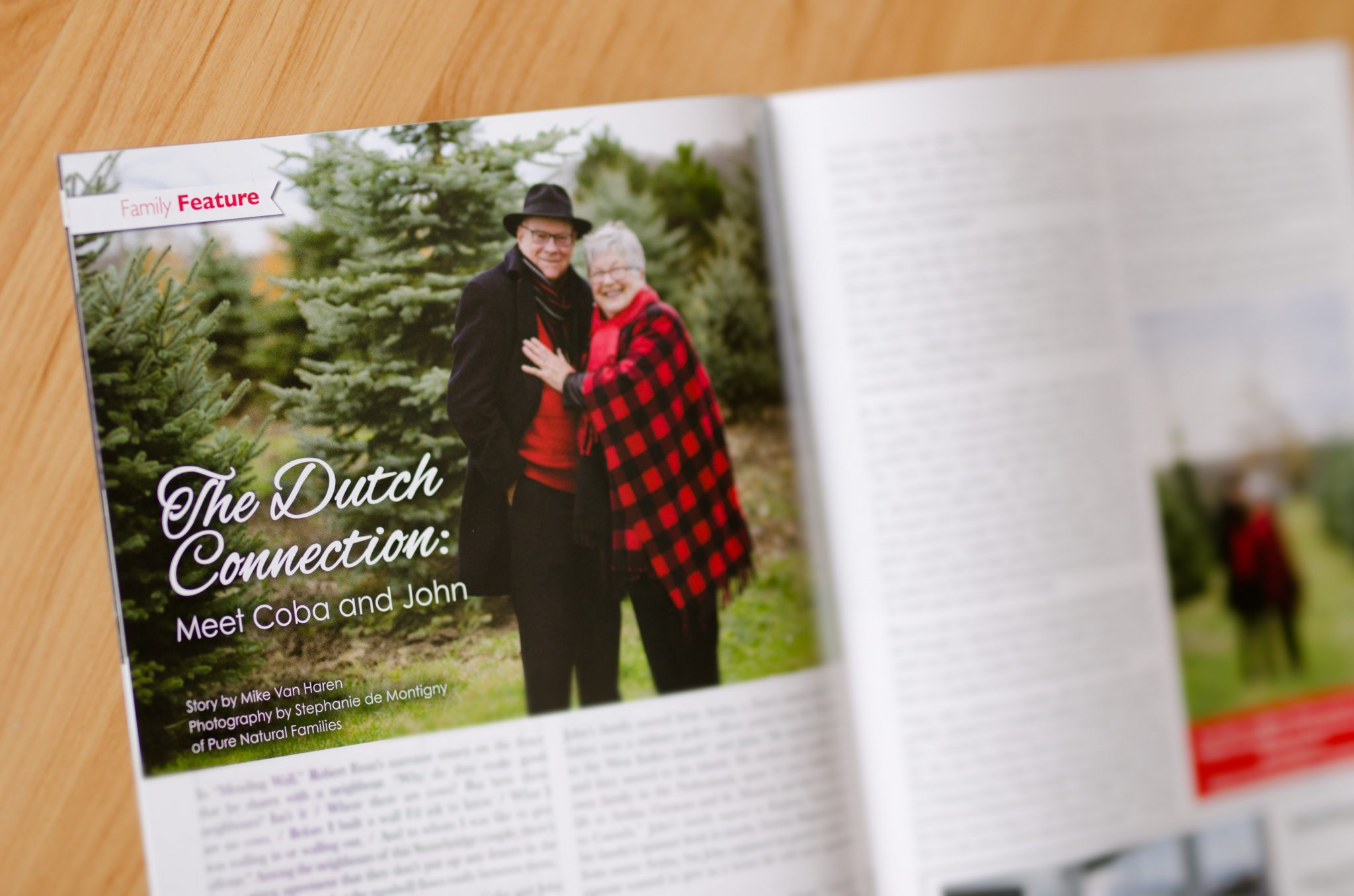 Ottawa Family Photographer Barrhaven December 2018 Neighbours of Stonebridge Article - van Noort Family