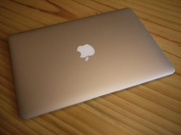 맥북 에어 덮개 닫음 Macbook Air Lid-closed