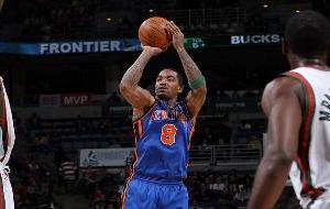 136215376_Knicks_Bucks_GD082