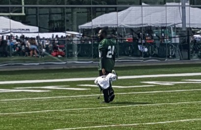 (Photo Credit: Barry Holmes/PureSportsNY) Revis after practice Thursday afternoon.