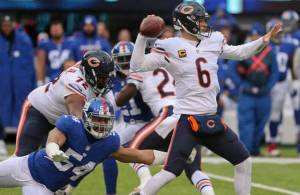 183bears-giants-football