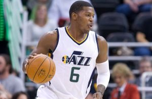 Oct 17, 2016; Salt Lake City, UT, USA; Utah Jazz forward Joe Johnson (6) dribbles the ball during the first half against the Los Angeles Clippers at Vivint Smart Home Arena. The Jazz won 104-78. Mandatory Credit: Russ Isabella-USA TODAY Sports