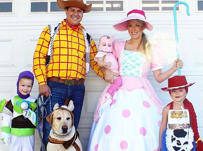 30 Adorable Family Halloween Costume Ideas Purewow
