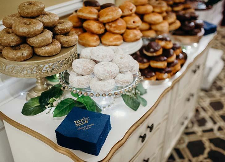 wedding snack donuts