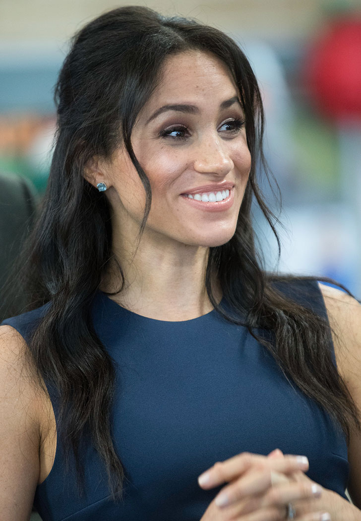 Meghan Markle S Go To Photo Move Is The Surprised Face