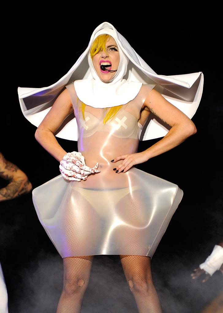 Lady Gaga Egg Dress : dress, Gaga's, Fashion, Transformation, PureWow