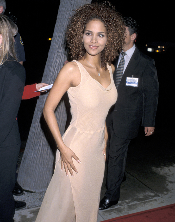halle berry hair before